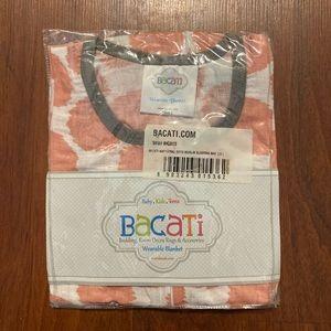 Bacati wearable muslin blanket small (0-6 months)